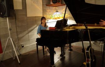 ピアノと遥さん
